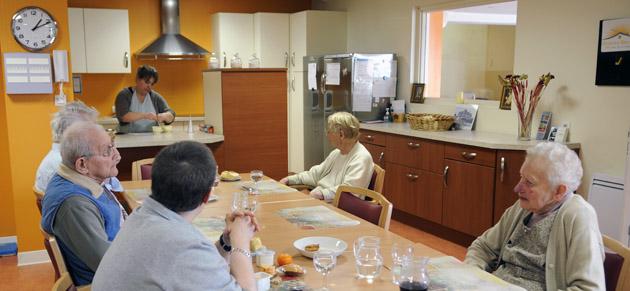 Repas préparé par une auxiliaire de vie Bien-Etre Services
